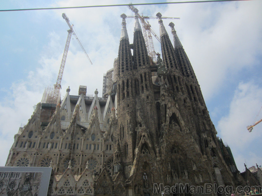 Gallery la sagrada familia coolest church in the world for La sagrada familia church