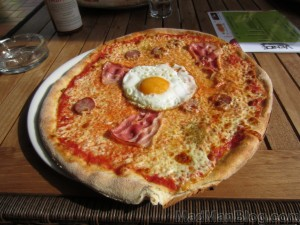 Pizza with an Egg